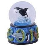 Sea World Snow Globe - 2017 Dated - Shamu
