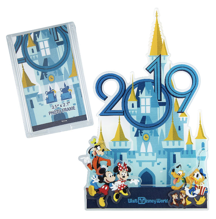 Disney Photo Frame Magnet - 2019 Walt Disney World Castle