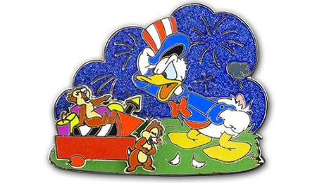 Disney 4th of July Pin - 2013 Donald Duck and Chip n' Dale - LE
