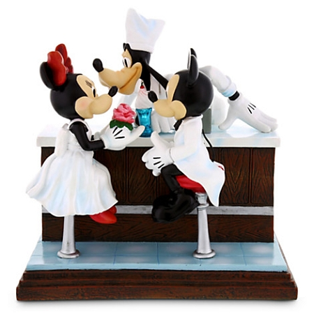 Disney Figurine - After the Prom - Mickey & Minnie Mouse with Goofy