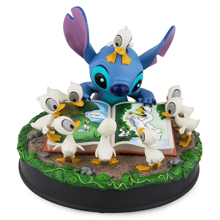 Disney Medium Figure - Stitch with Ducks - The Ugly Duckling