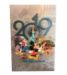 Disney Postcard - 2019 Mickey Mouse and Friends - Lenticular