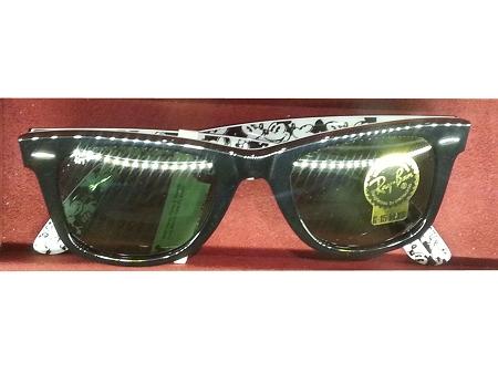 fa311a7210c Disney Sunglasses - RayBan - Mickey Mouse - Black Frame