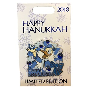 Disney Holiday Pin - 2018 Happy Hanukkah - Donald Duck
