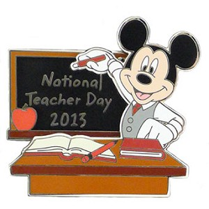 Disney Teacher Day Pin - 2013 National Teacher Day - Mickey Mouse LE