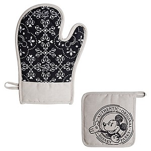 Disney Potholder and Oven Mitt Set - Gourmet Mickey Mouse Icon