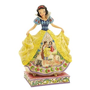 Disney Jim Shore Figurine - Fairytale Endings for the Fairest of Them All - Snow White